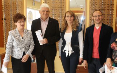 Egyedülálló szemvizsgálati eljárás Szolnok megyében – Átadási ünnepség