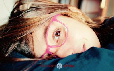 7+1 fontos szempont gyermeked szemüvegválasztásához